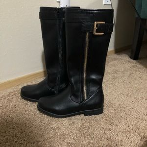 New tucker and Tate knee high boots